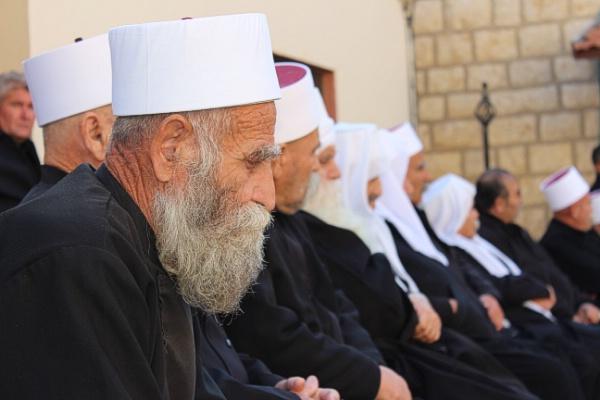 Photo of أبناء الجولان وفلسطين48 يعزون بالشهيد شعلان ويباركون للجيش العربي السوري بالقضاء على علوش