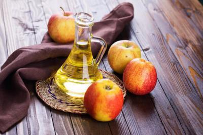 Photo of قالت لي أمي إن خل التفاح مفيد. ولكنني لم أتصور أبداً ما يمكن أن يفعله ! شيء مدهش !
