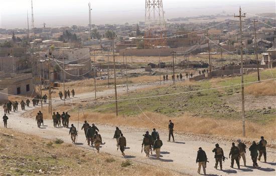 Photo of تدريبات سورية روسية مشتركة لإنزال جوي في إدلب