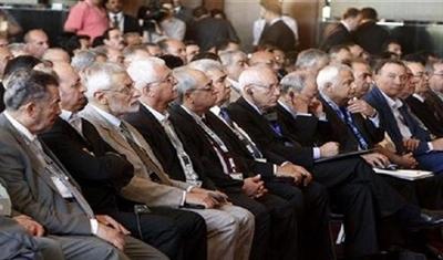 Photo of المعارضة السورية تعلن أسماء مفاوضيها إلى جنيف3