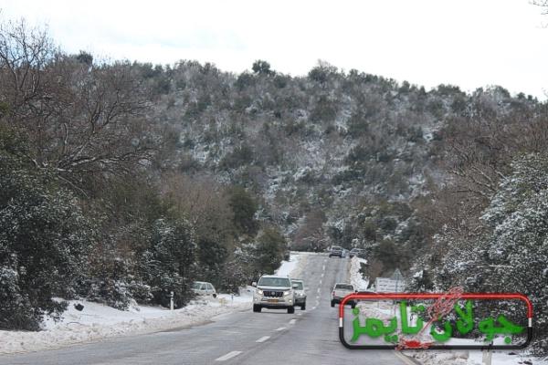 Photo of فيديو رائع للثلوج على الطريق الواصل بين مسعدة وبقعاثا