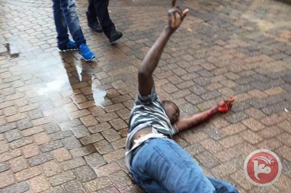 Photo of إصابة أجنبي بجروح بعد طعنه جنديا بعسقلان