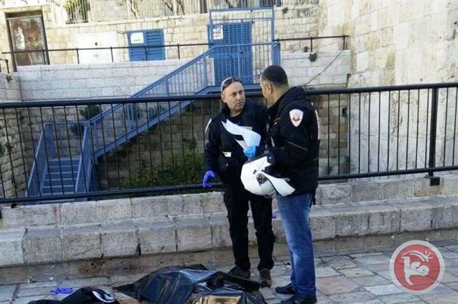 Photo of شهيد وجريحة في القدس بدعوى طعن جنديين