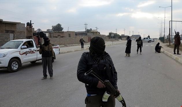 """Photo of انشقاق عشرات المسلحين عن تنظيم """"داعش"""" في ريف حلب الشمالي"""