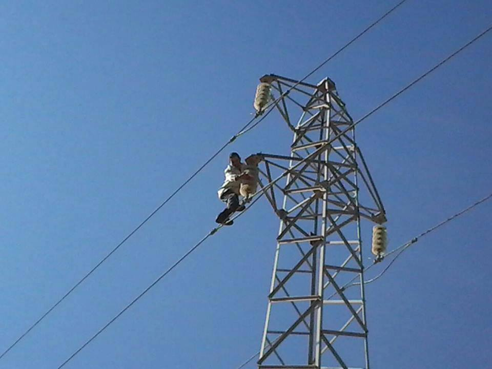Photo of البدء بإصلاح كهرباء القنيطرة