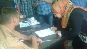 Photo of توقيع وثيقة الوفاء للمصالحة الوطنية في خان أرنبة بالقنيطرة