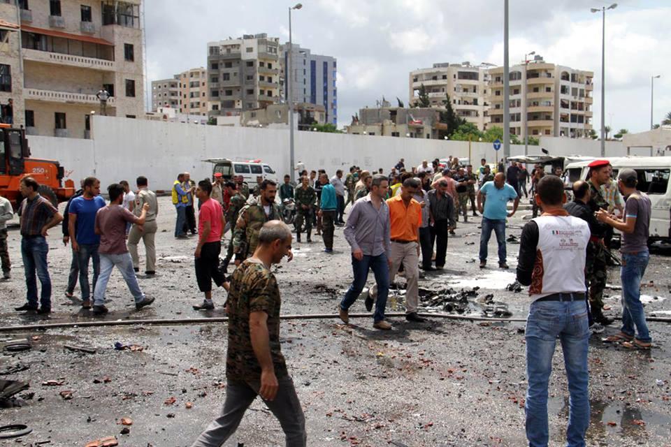 Photo of إدانات واسعة لتفجيرات الإرهابية بجبلة وطرطوس