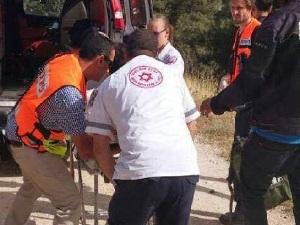 Photo of إصابة 3 مستوطنات في عملية طعن قرب مستوطنة شرق القدس