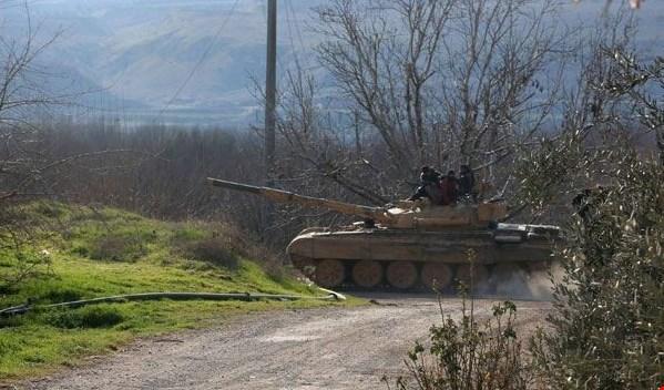 Photo of الجيش يستهدف مقرين للعصابات الارهابية بالقنيطرة