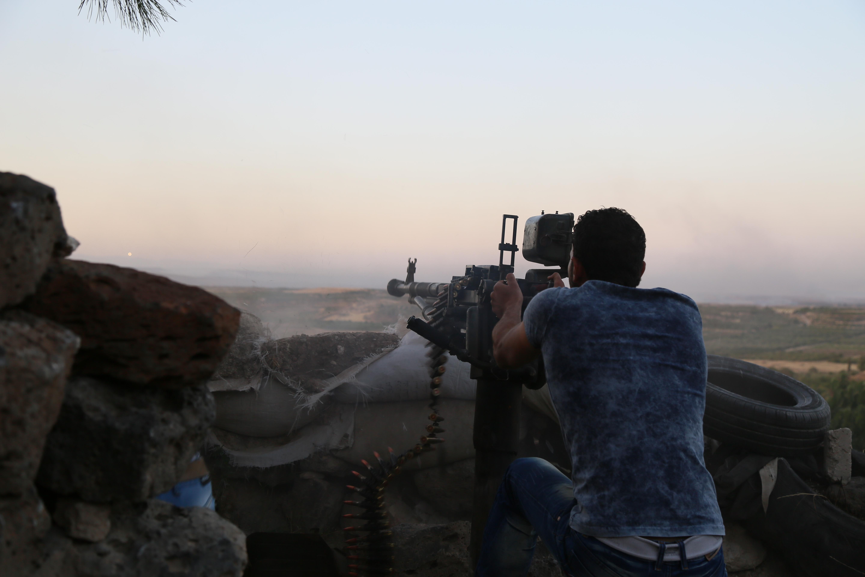 Photo of تدمير مستودع ذخيرة لداعش بدير الزور