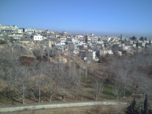 Photo of مدفعية الجيش العربي السوري تدك اوكار الارهابيين في بيت جن ومزرعتها