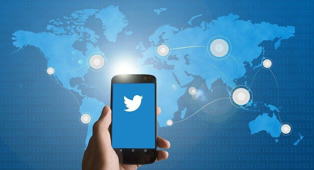 "Photo of ""تويتر"" يتيح إعادة تغريد تغريداتك"