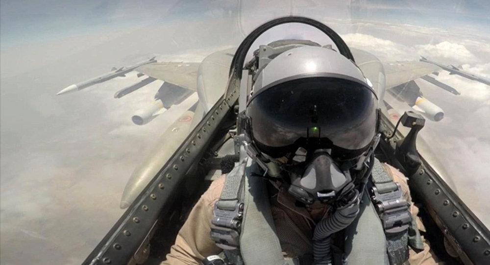 Photo of الإمارات تعلن انتهاء مشاركتها في حرب اليمن