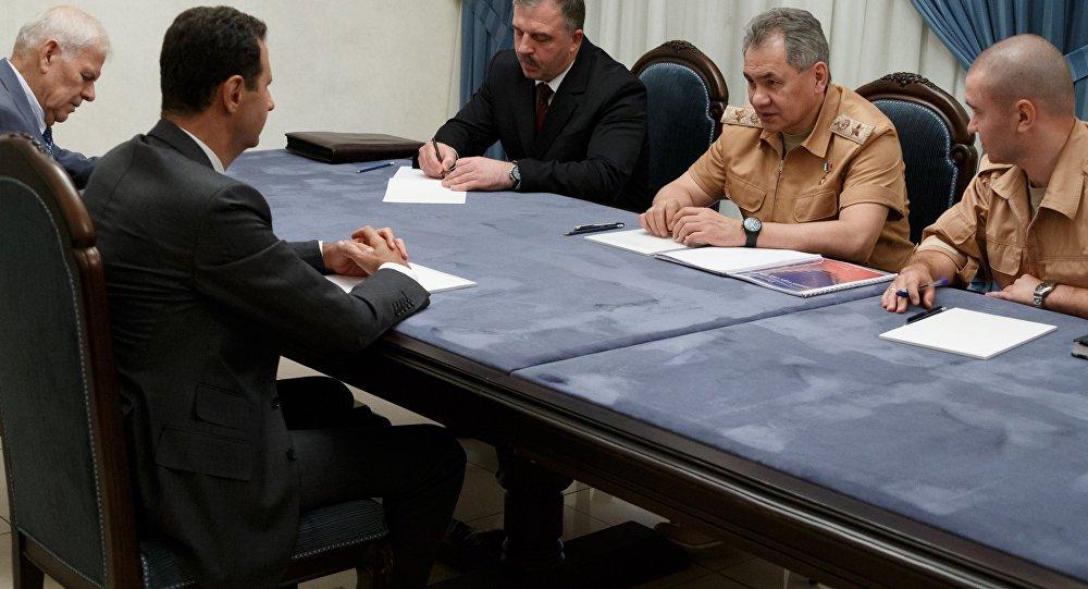 Photo of وزير الدفاع الروسي يلتقي الأسد