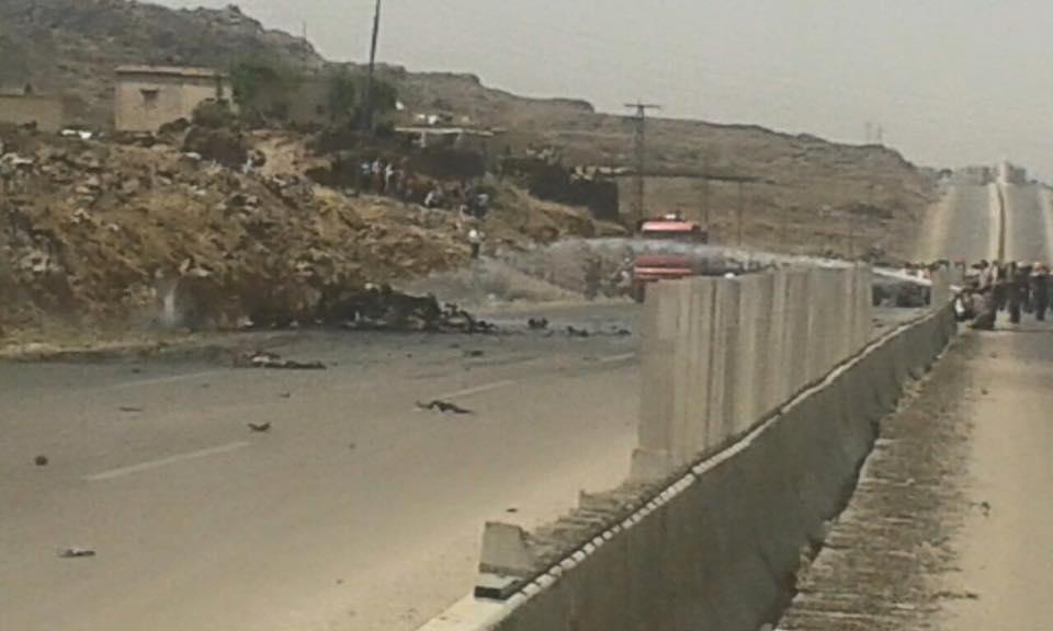 انفجار سيارة محملة بالأسلحة المهربة على طريق دمشق – السويداء