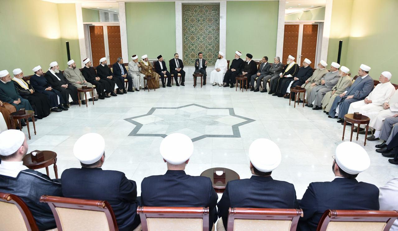 Photo of الرئيس الأسد يستقبل وفداً من كبار علماء الدين الإسلامي بمناسبة شهر رمضان المبارك