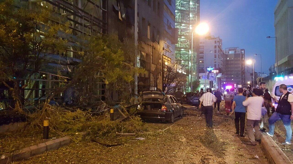Photo of تفجير يهز بيروت