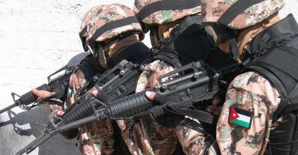 Photo of مقتل 5 عناصر أمن أردنيين بهجوم إرهابي