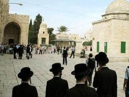 Photo of منظمات يهودية متطرفة تدعو إلى اقتحام المسجد الأقصى