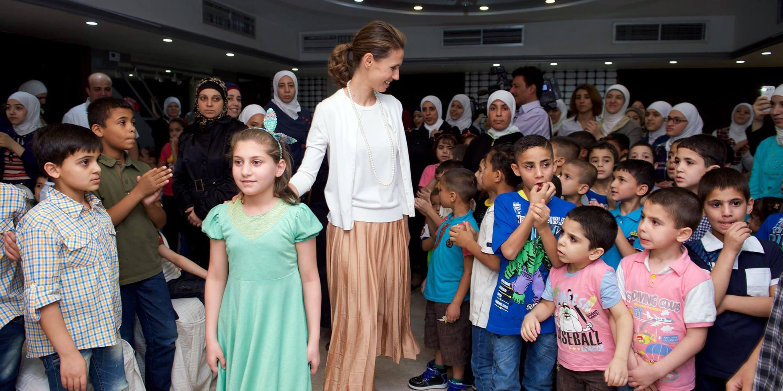 Photo of السيدة أسماء الأسد تزور دار الرحمة لرعاية الأيتام