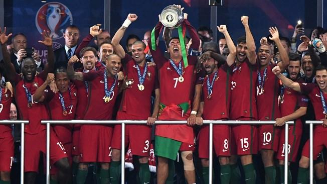 Photo of البرتغال تفوز ببطولة كأس الأمم الأوروبية في كرة القدم