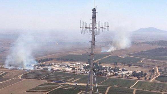"Photo of خاص: مروحية إسرائيلية تستهدف مبنى قيد الإنشاء في مدينة ""البعث"" بمحافظة القنيطرة السورية"