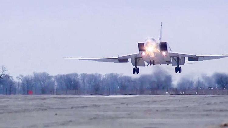 """قاذفات تنطلق من روسيا وتقصف """"داعش"""" في تدمر"""