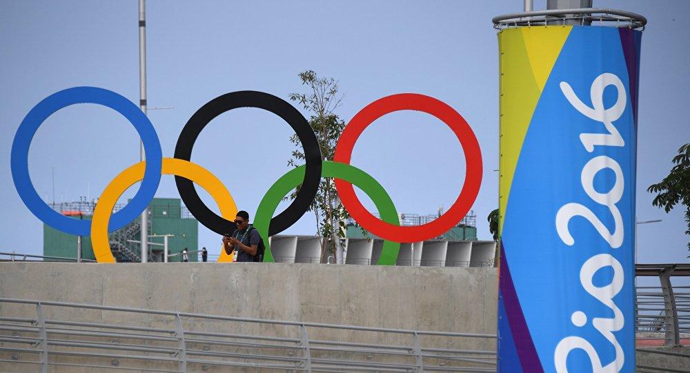 Photo of اللجنة الأولمبية الفلسطينية تتهم إسرائيل بتأخير وصول أزياء منتخبها ومعداته