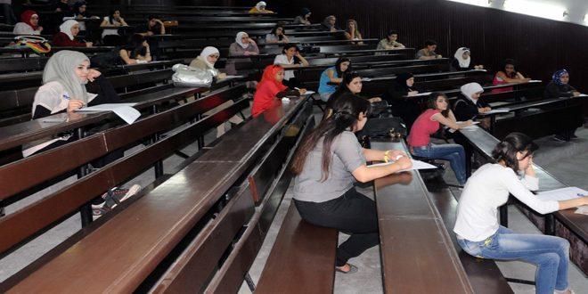 Photo of الرئيس الأسد يصدر مرسوما يقضي بمنح دورة امتحانية وعام استثنائي للطلاب الراسبين والمستنفدين بالمرحلة الجامعية الأولى والتأهيل والتخصص والدراسات العليا
