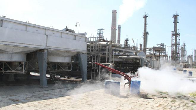 Photo of تحسين ملحوظ بكميات الفيول الواردة لمحطات الكهرباء