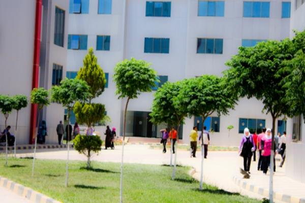 Photo of قرار إعادة الجامعات الخاصة إلى مقراتها الأصلية في درعا صحيح