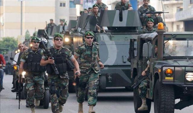 Photo of الجيش اللبناني يقصف تحركات إرهابية بجرود عرسال