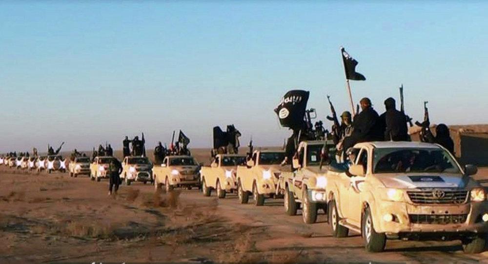 "Photo of نتائج تحقيقات ""تويوتا"" تثبت تورط السعودية وقطر في دعم ""داعش"""