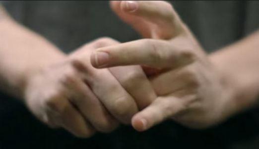 Photo of ماذا يحدث عندما تطقطق أصابعك؟