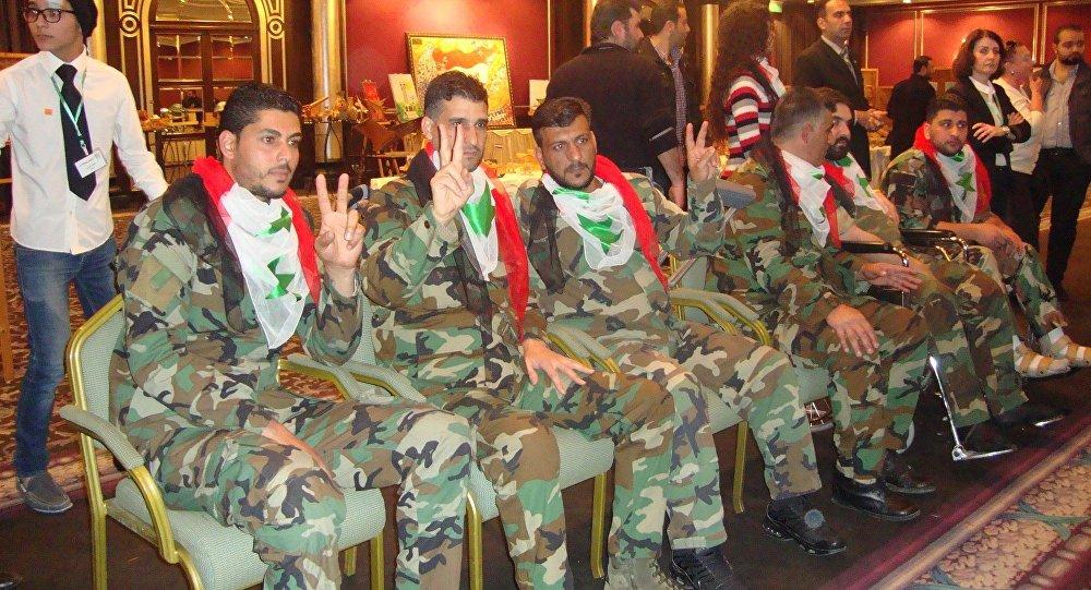 "Photo of الحكومة تمنح ""وثيقة استشهاد"" للعسكريين الذين توفوا لتفاقم إصابتهم"