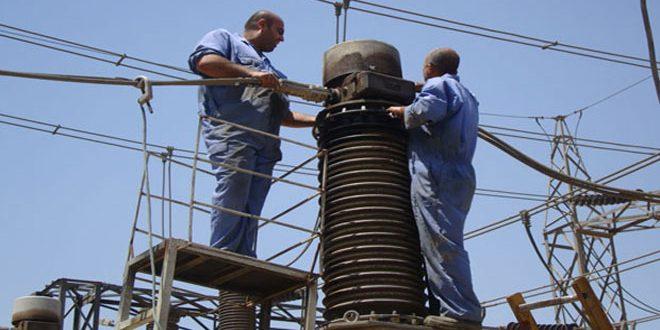 Photo of إعادة الكهرباء لمدينة القريتين بحمص