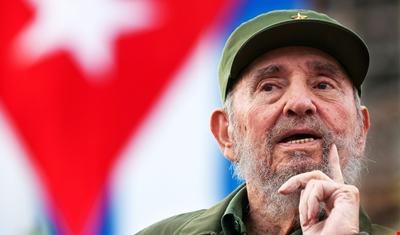 Photo of العالم يعزي بالبطل فيديل كاسترو