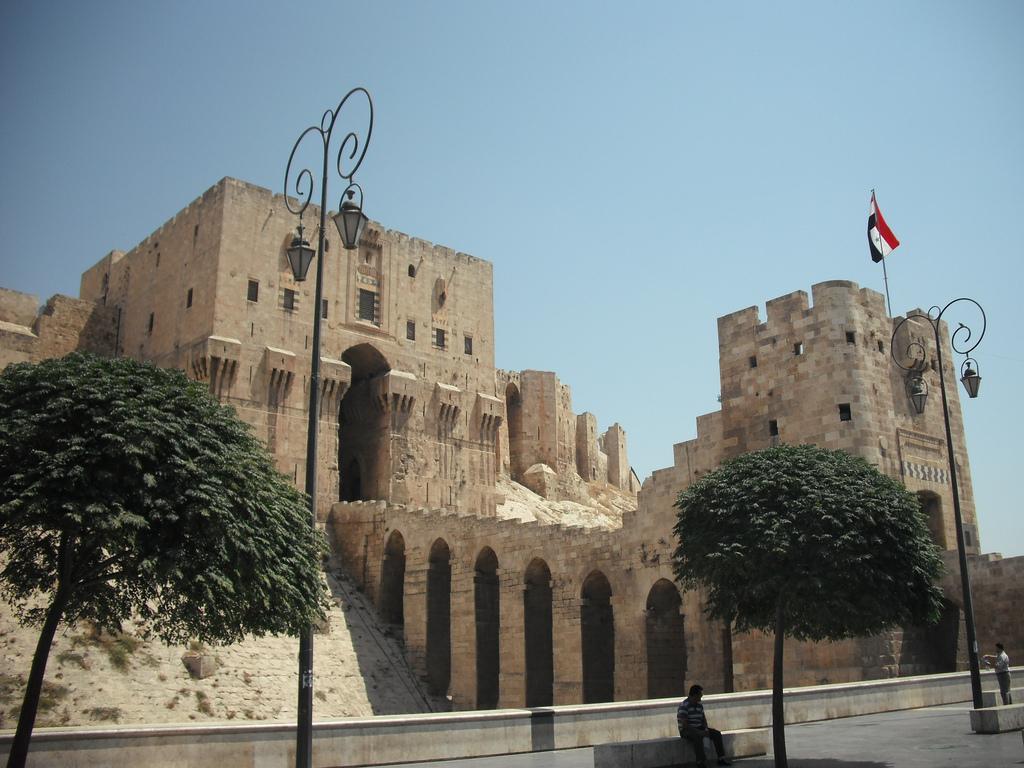 Photo of القضاء على 17 إرهابياً بالاحياء الشرقية لحلب