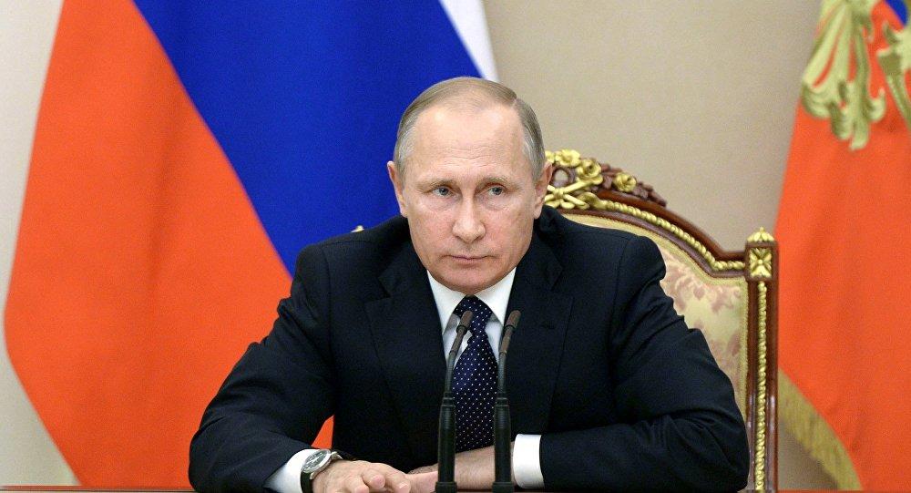 Photo of بوتين يعزي ذوي ضحايا الطائرة المنكوبة