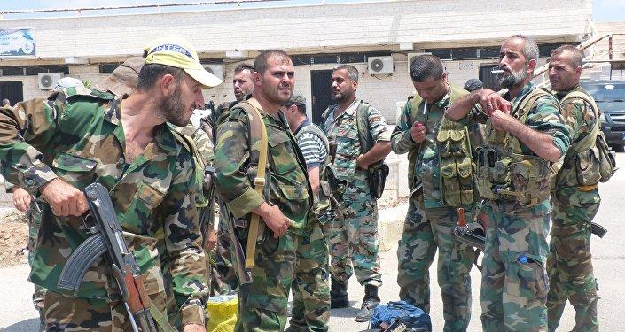 Photo of الجيش يؤمن محيط مطار التيفور العسكري