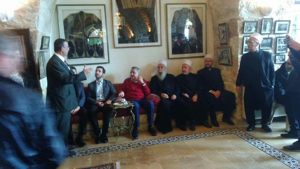 Photo of شيخ عقل طائفة الموحدين في لبنان يزور الامير طلال ارسلان مهنئا
