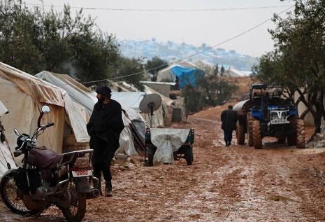 Photo of «إدلب جيش الفتح» تضيق بفصائل ريف دمشق: ذلّ فهروب إلى تركيا