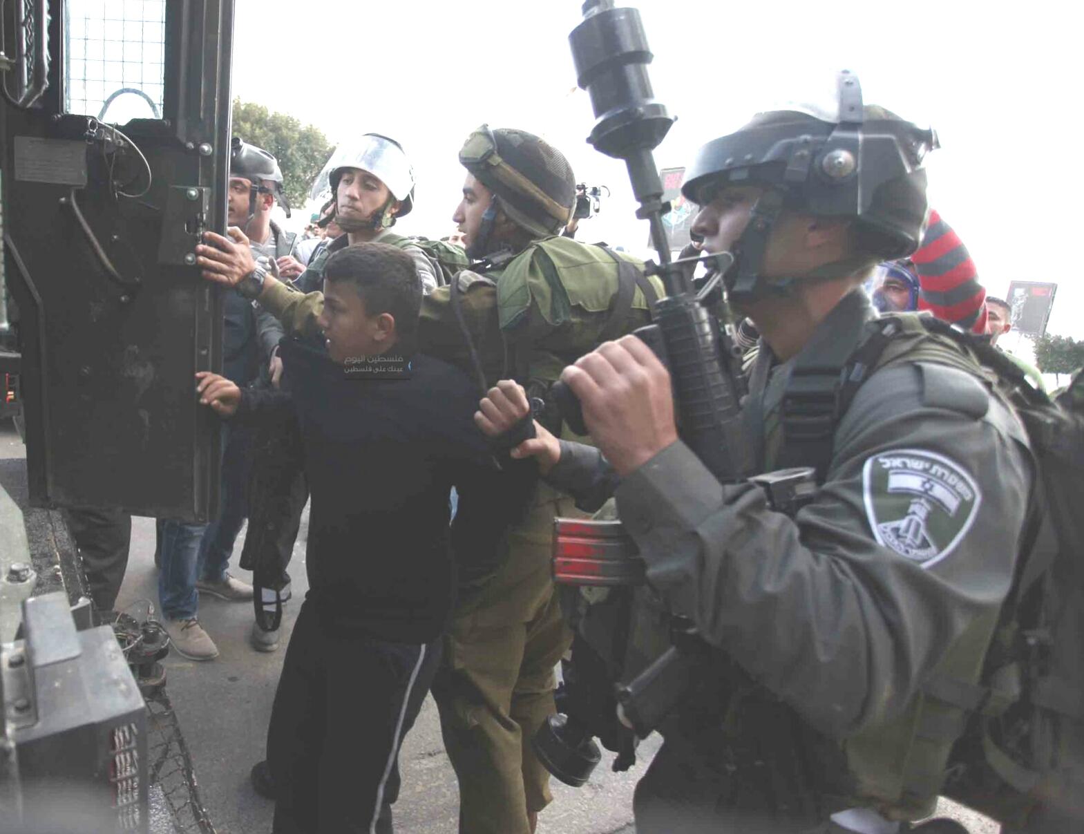 Photo of شهيدين برصاص الاحتلال بالضفة الغربية