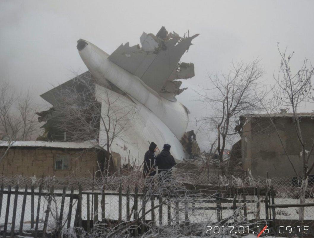 Photo of مقتل 37 شخصا جراء سقوط طائرة شحن تركية
