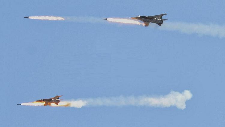 Photo of الطيران الحربي يدمر 15 ألية لداعش بدير الزور