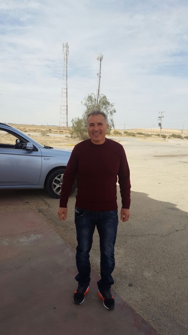 Photo of ادارة السجون الاسرائيلية تفرج عن الاسير اياد الجوهري