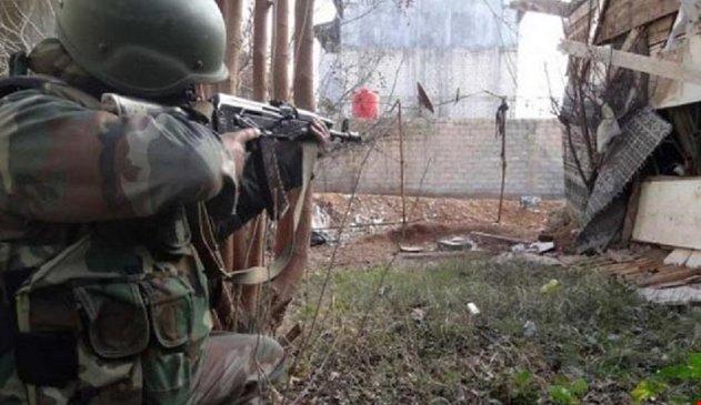 Photo of الجيش يستعيد قرية كوكب بريف حماة ويدمر اليات إرهابية بمحيط بلدة قمحانة