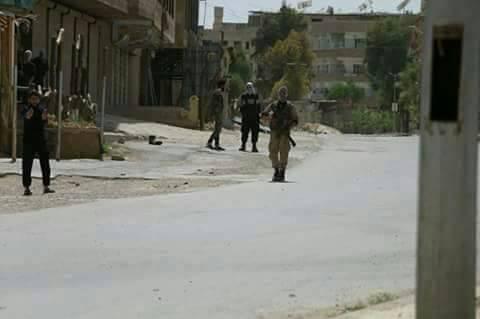 Photo of اقتتال عنيف بين المجموعات الإرهابية بالغوطة الشرقية