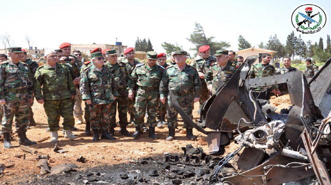 "Photo of بتوجيه من الأسد.. العماد أيوب يتفقد قاعدة"" الشعيرات"" الجوية"