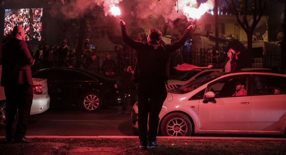 Photo of تركيا تمدد حالة الطوارئ ثلاثة أشهر